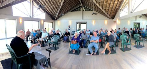 Dharma Talks by Robert K Hall at Cuatro Vientos. Photo Alvaro Colindres